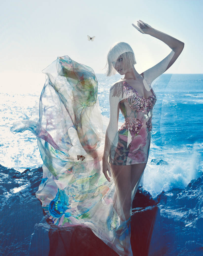 blumarine toni garrn ad photos3 More Photos of Toni Garrn in Blumarines Spring 2014 Ads
