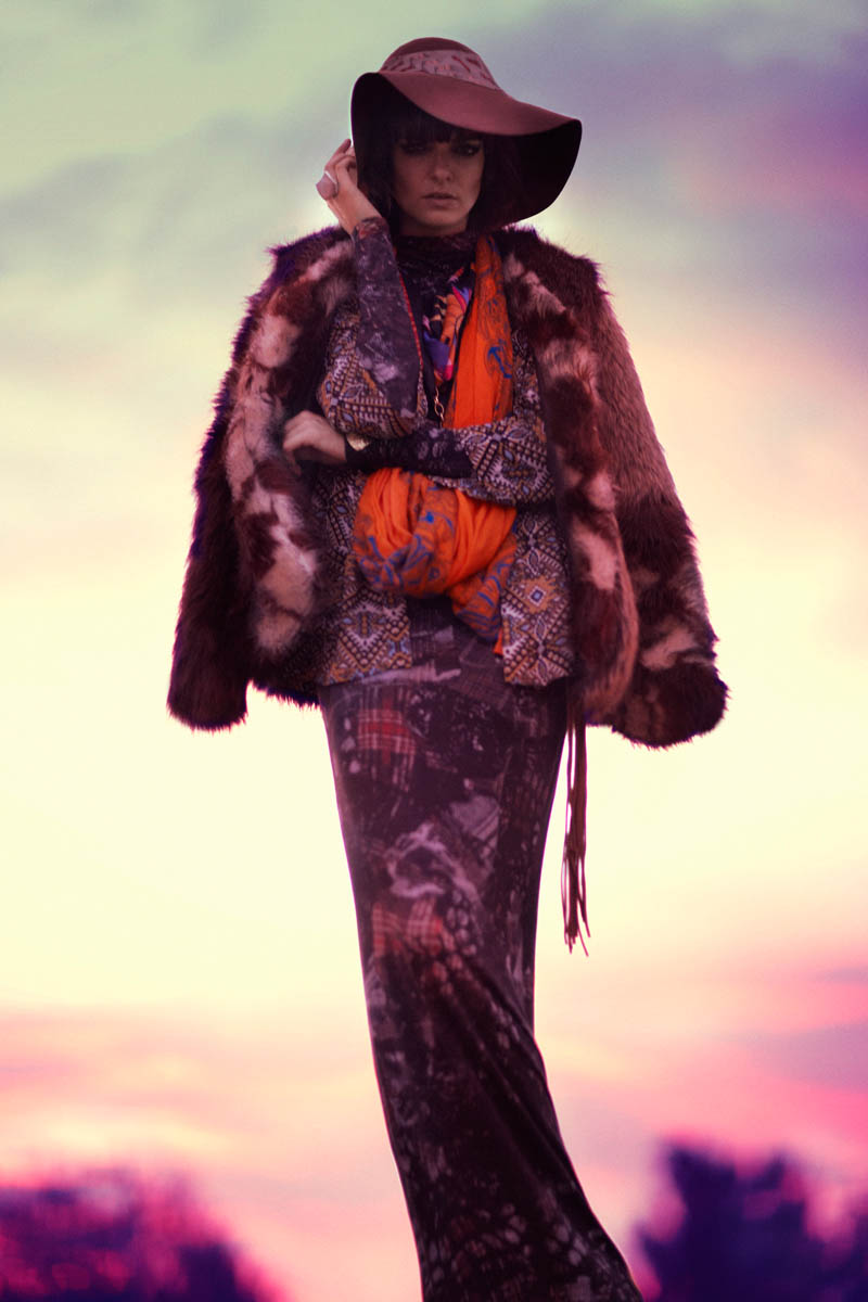 Lauren Switzer is Bohemian Chic for Marie Claire Latin America by Vladimir Martí
