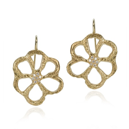 flower earrings 4 Jewel Trends from Fragments