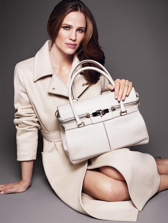 jennifer garner max mara accessories campaign1 Jennifer Garner Fronts Max Mara Spring 2014 Accessories Campaign