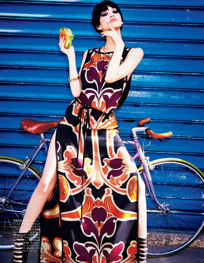 kiko gucci shoot2 Kiko Mizuhara Charms in Gucci for Ellen von Unwerth in Vogue Japan