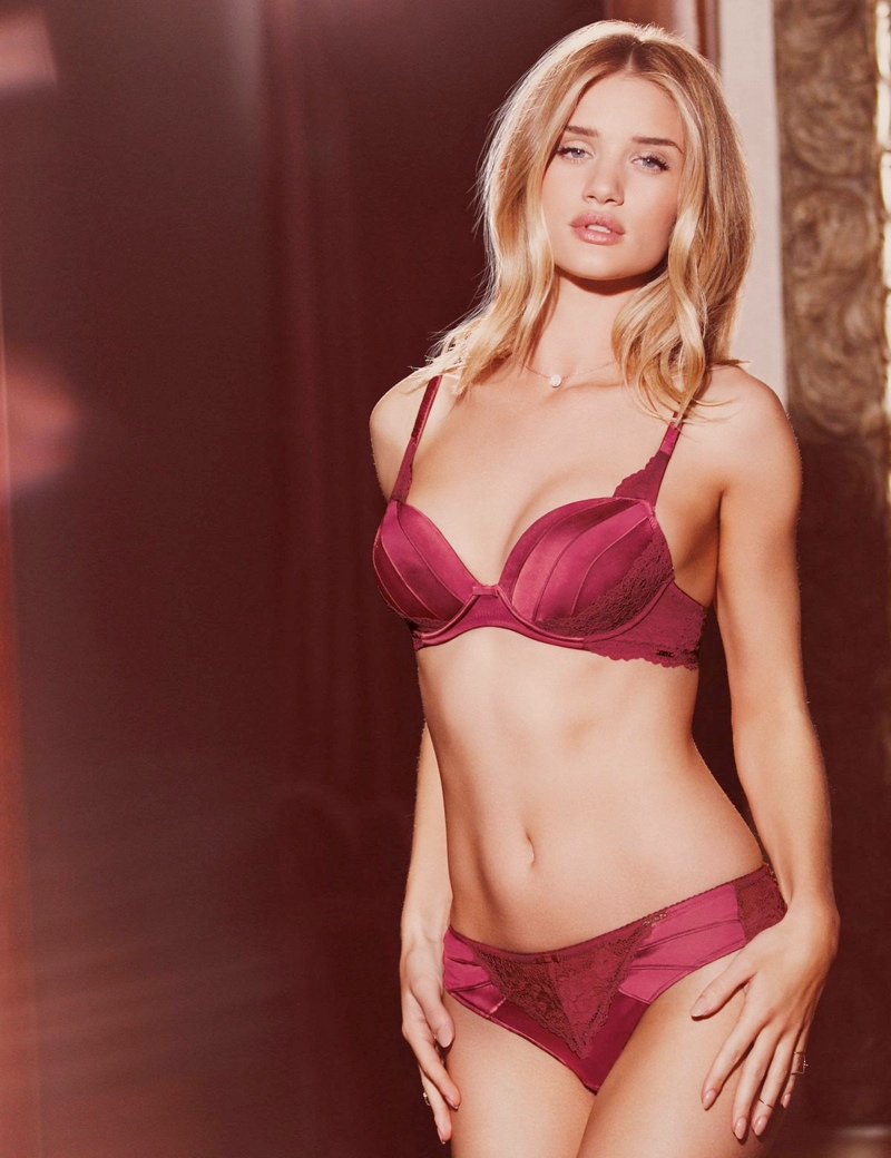 rosie huntington autograph lingerie spring18 Model Actresses: 6 Double Threats to Watch Out For