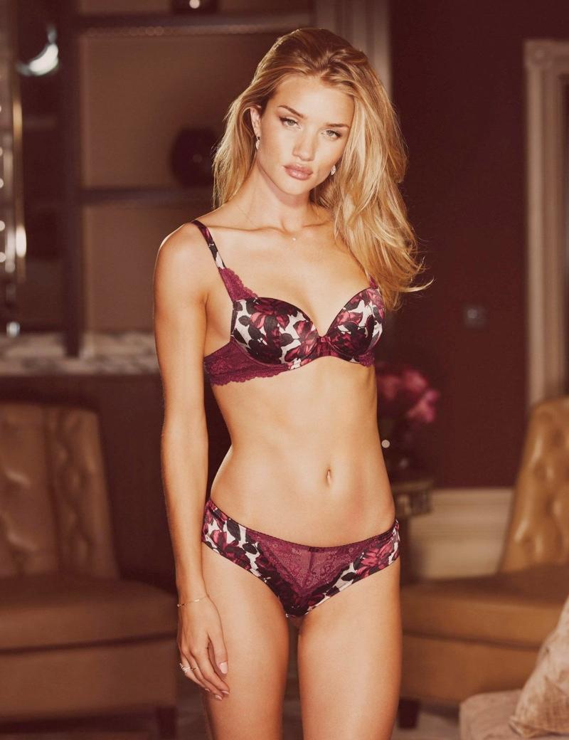 rosie huntington autograph lingerie spring5 Rosie Huntington Whiteley Models Autograph Lingerie Spring 2014 Line