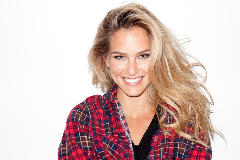 terry studio4 Bar Refaeli & Diane von Furstenberg Pose for Terry Richardson
