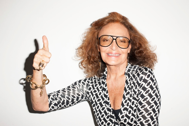 terry studio8 Bar Refaeli & Diane von Furstenberg Pose for Terry Richardson