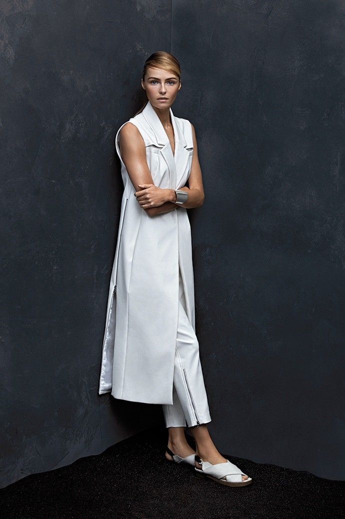valentina zelyaeva model4 Valentina Zelyaeva Poses for Hans Neumann in Harpers Bazaar Latin America