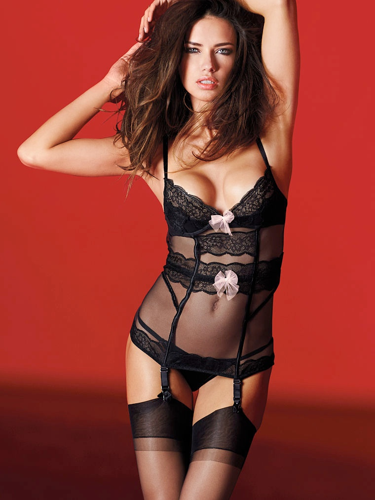 victorias secret valentines day15 Happy Birthday, Adriana Lima! The Hottest Photos of the Model for TBT