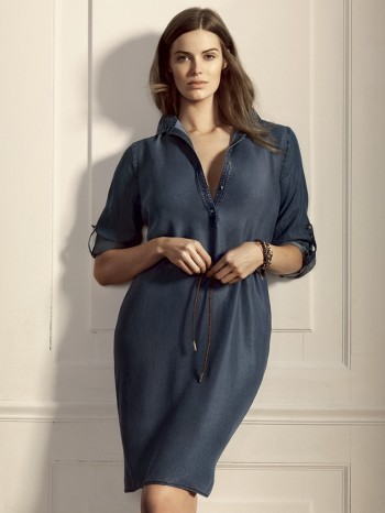 Image: Robyn Lawley for Violeta by Mango