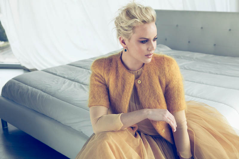 abbie cornish4 Abbie Cornish Stuns for Lifestyle Mirror Shoot by Frankie Batista
