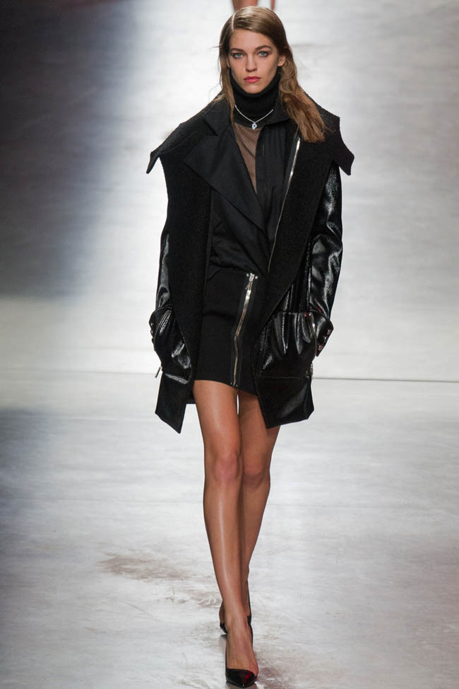 anthony vaccarello fall winter 2014 show13 Anthony Vaccarello Fall/Winter 2014 | Paris Fashion Week