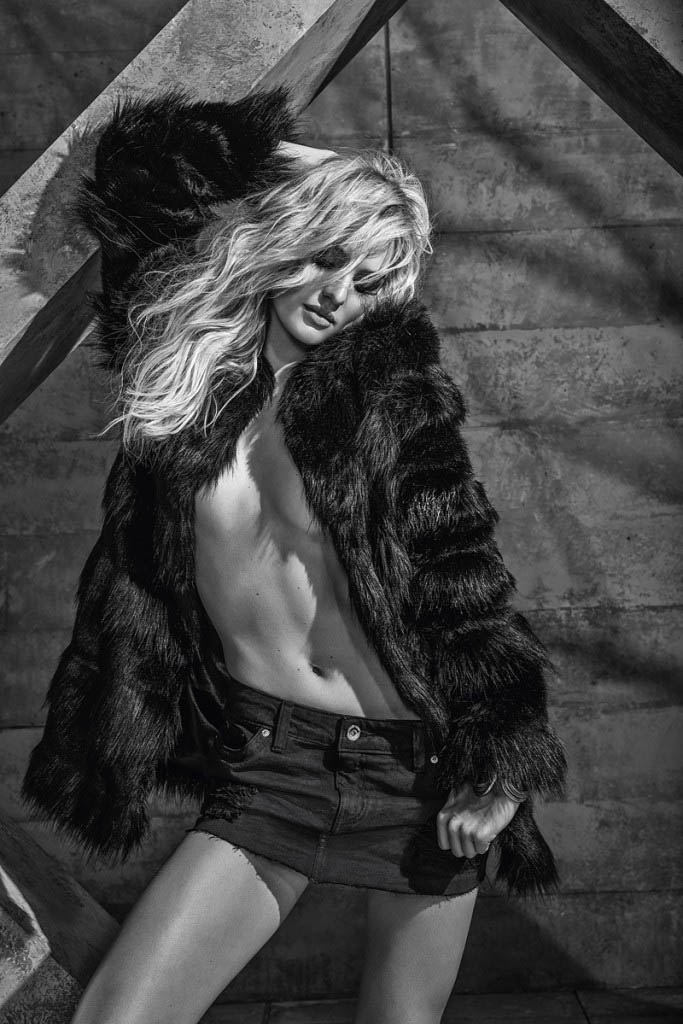 candice forum denim8 Candice Swanepoel is Hot (as Usual) in FORUMs Winter 2014 Campaign