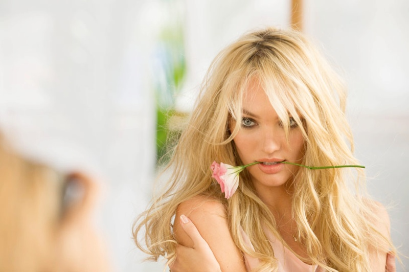 candice vs bombshells bloom2 Candice Swanepoel Stuns for Victorias Secret Bombshells in Bloom Fragrance