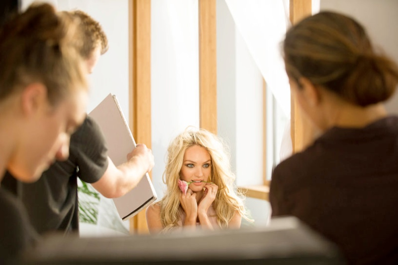 candice vs bombshells bloom7 Candice Swanepoel Stuns for Victorias Secret Bombshells in Bloom Fragrance