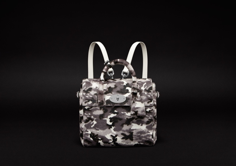 cara delevingne mulberry bag6 Cara Delevingne Teams Up with Mulberry for Bag Collection