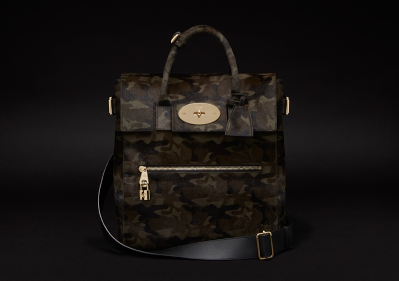 cara delevingne mulberry bag9 Cara Delevingne Teams Up with Mulberry for Bag Collection