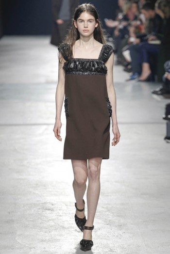 christopher-kane-fall-winter-2014-show12