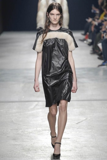 christopher-kane-fall-winter-2014-show22