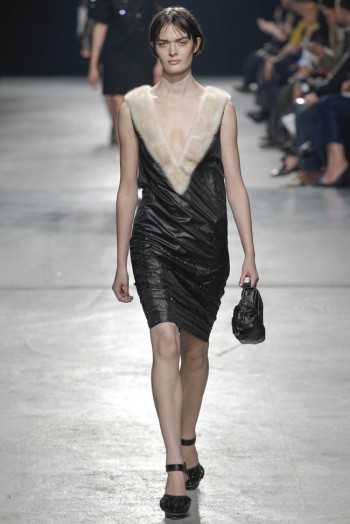 christopher-kane-fall-winter-2014-show27