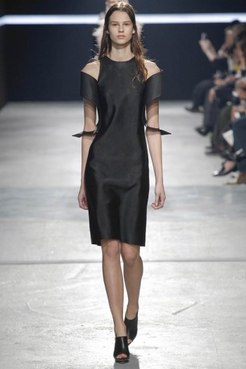 christopher-kane-fall-winter-2014-show38