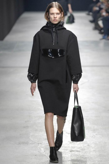 christopher-kane-fall-winter-2014-show4