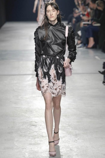 christopher-kane-fall-winter-2014-show47