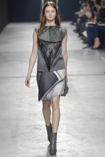 christopher-kane-fall-winter-2014-show49