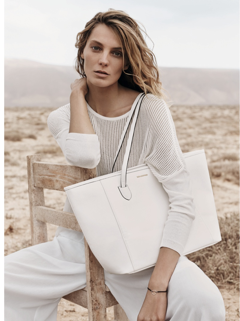 daria werbowy mango spring ad photos12 More Photos of Daria Werbowy for Mangos Spring 2014 Ads