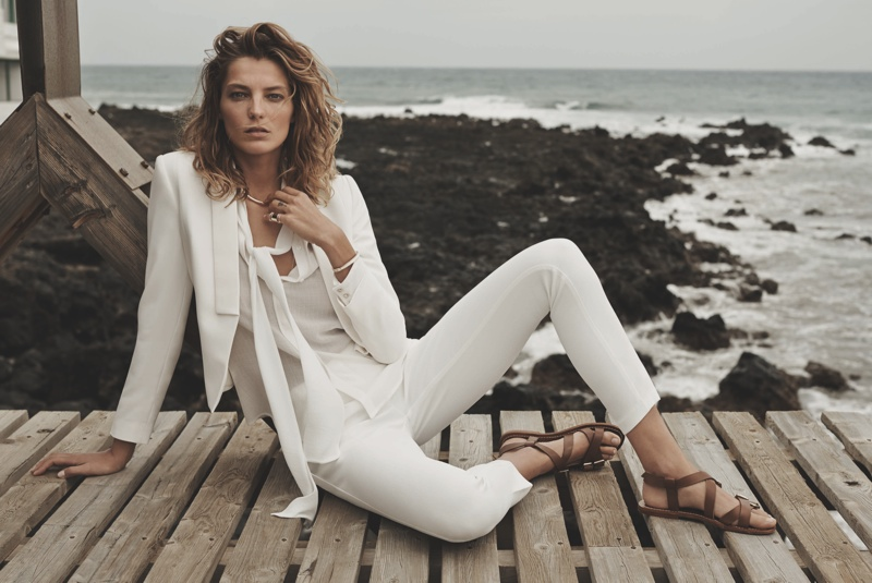 daria werbowy mango spring ad photos3 More Photos of Daria Werbowy for Mangos Spring 2014 Ads