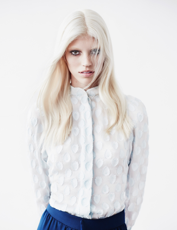 devon windsor1 Devon Windsor Gets Ethereal for Numéro #151 by Billy Kidd