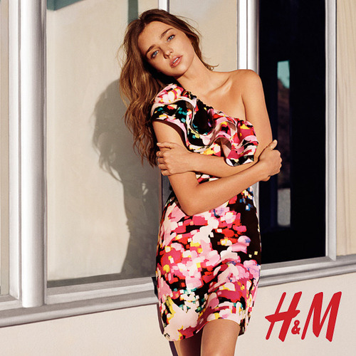 hm miranda kerr photos1 More Photos Surface from Miranda Kerrs Spring H&M Ads
