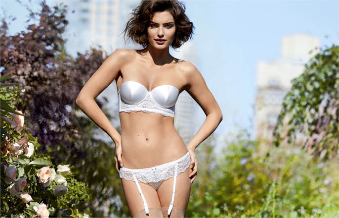 intimissimi alyssa miller campaign1 Alyssa Miller Wows for Intimissimi Spring/Summer 2014 Campaign