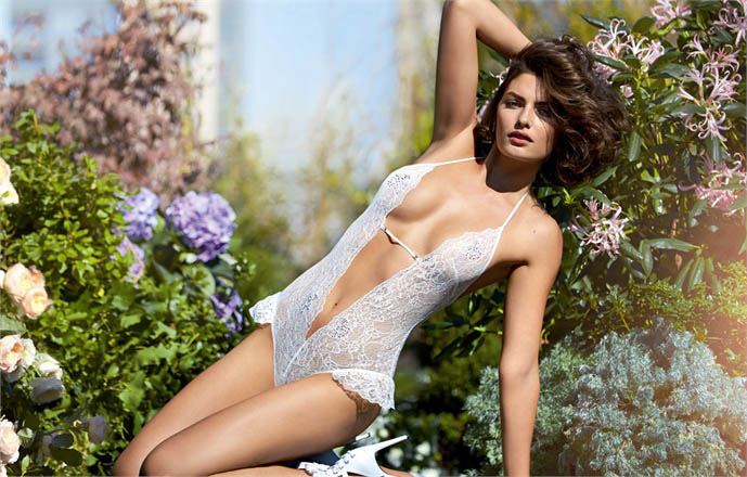 intimissimi alyssa miller campaign2 Alyssa Miller Wows for Intimissimi Spring/Summer 2014 Campaign