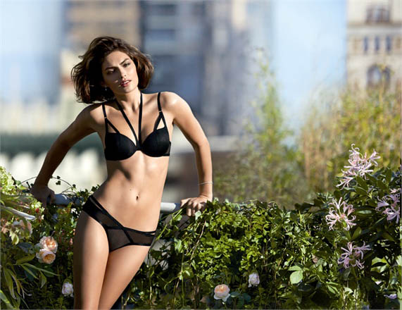 intimissimi alyssa miller campaign4 Week in Review | Darias Mango Ads, Alyssa Strips, Ciara Gets Glam + More
