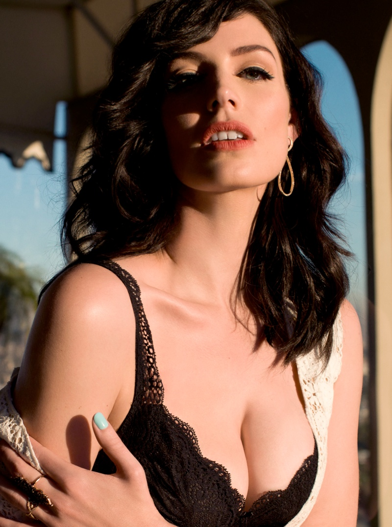 jessica pare2 Mad Men Star Jessica Pare Smolders in GQ UK Shoot by Stevie and Mada