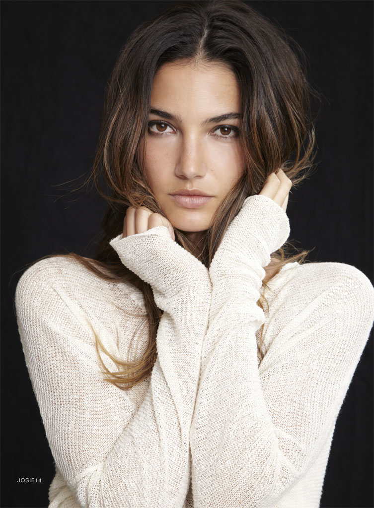 Photo: Lily Aldridge for her Velvet Fashion collaboration