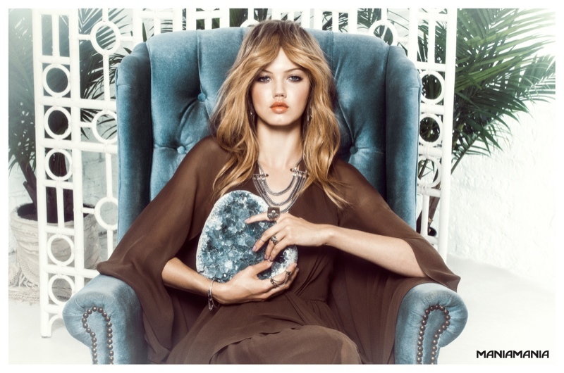 maniamania fall 2014 campaign3 Lindsey Wixson Mesmerizes in ManiaManias Fall/Winter 2014 Campaign