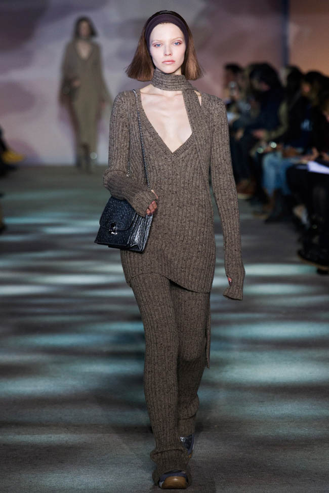 marc jacobs fall winter 2014 show13 Top 5 Fall/Winter 2014 Trends From Paris, London, New York & Milan