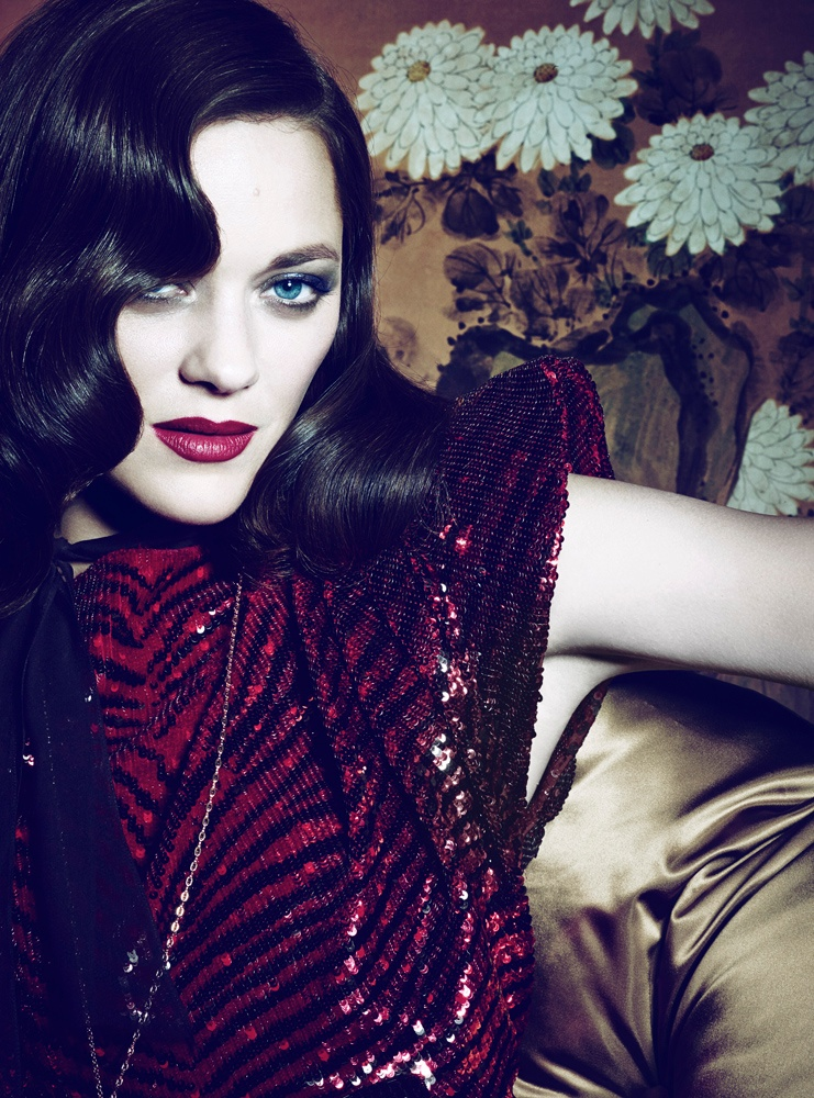 marion cotillard interview3 Dark Glamour: Marion Cotillard Poses for Seductive Interview Shoot