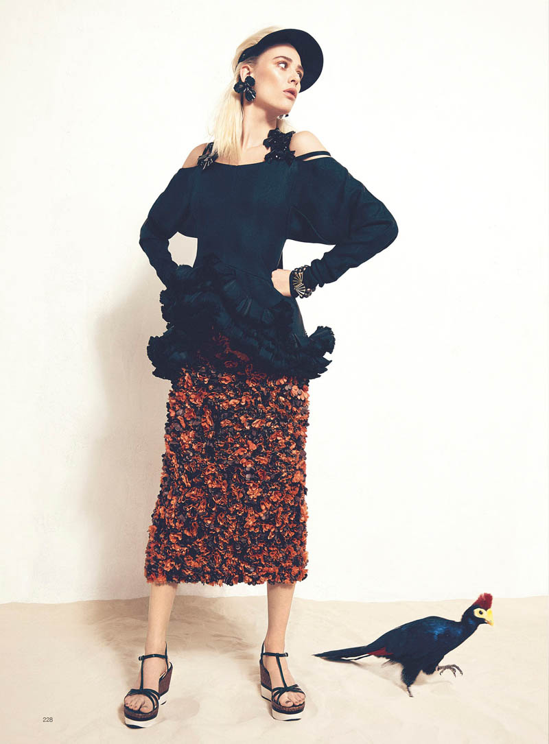 milou bazaar shoot5 Birds of a Feather: Milou van Grosen Gets Fowl for Bazaar Ukraine by Federica Putelli