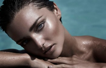 Throwback Thursday | Miranda Kerr Sizzles in 2010 Swimwear Shoot
