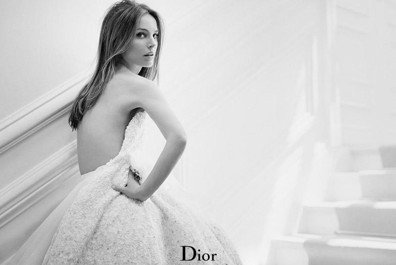 "Natalie Portman Enchants in ""Miss Dior Blooming Bouquet"" Perfume Shots"