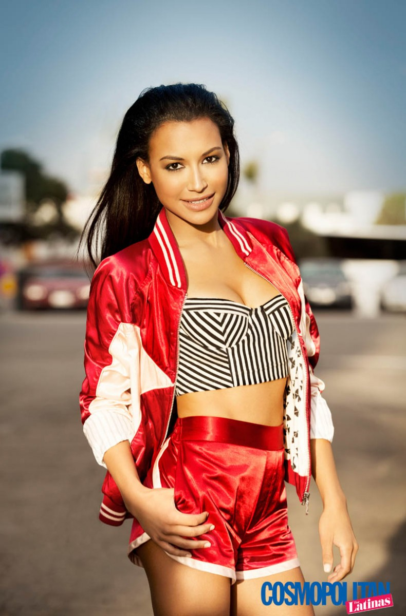 naya rivera cosmo2 790x1200 Naya Rivera Covers Cosmopolitan for Latinas, Talks Relationship with Big Sean