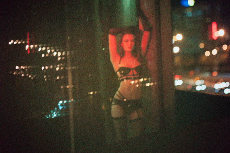 red light pierre dal corso3 Red Light: Sarah Dick Seduces in Nero Homme Shoot by Pierre Dal Corso