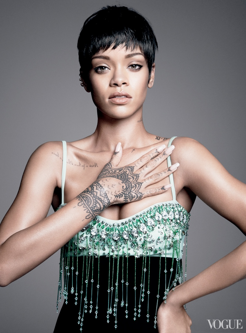 rihanna vogue photo shoot3 Rihanna Lands Third Vogue Cover for Magazines March Issue