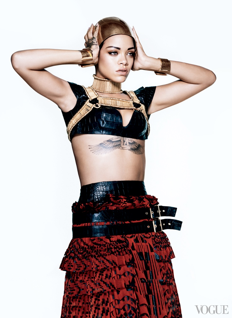 rihanna vogue photo shoot4 Rihanna Lands Third Vogue Cover for Magazines March Issue