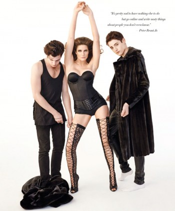 Stephanie Seymour & Sons Pose in Photo Shoot for Harper's Bazaar