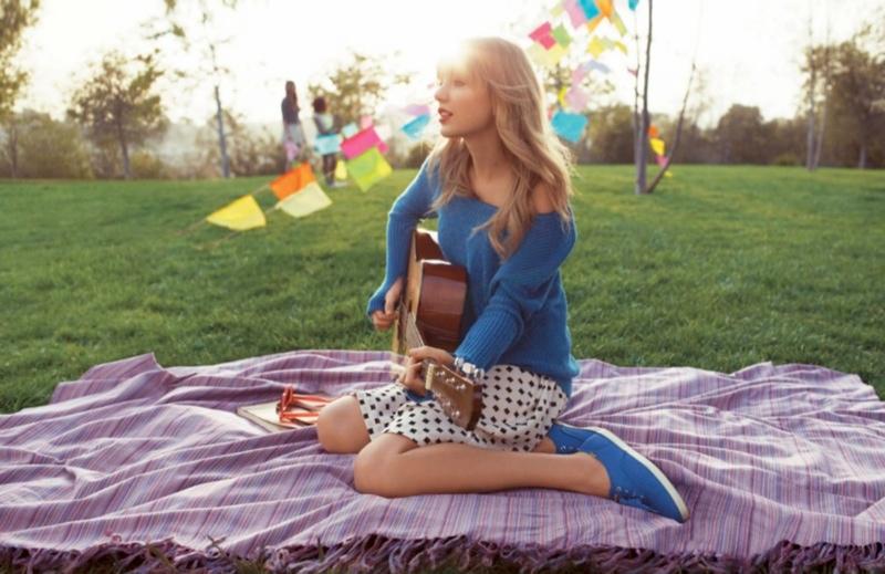 taylor swift keds4 Taylor Swift Models Her Keds Spring 2014 Line
