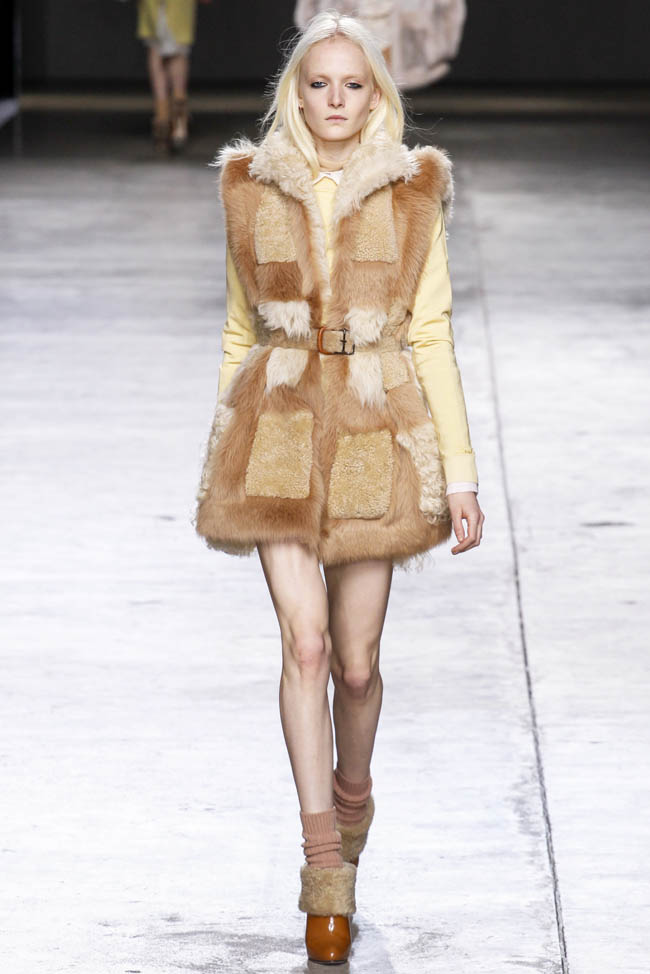 topshop-unique-fall-winter-2014-show23