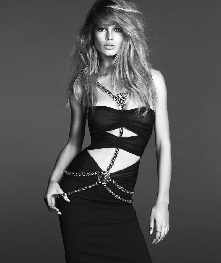 versace woman anna ewers3 Anna Ewers Poses for Versace Spring 2014 Woman Campaign
