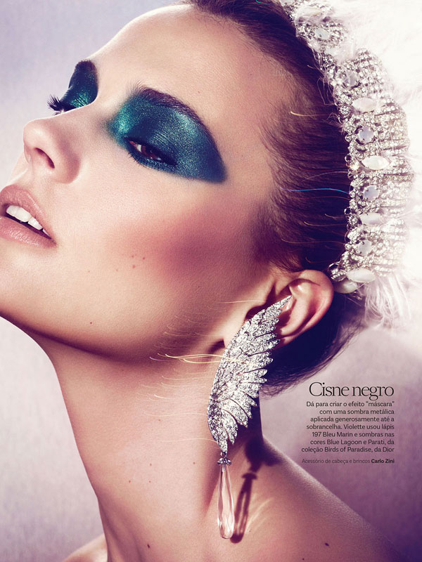 vogue brazil carnival beauty2 Martha Streck is a Carnival Beauty for Vogue Brazil by Pulmanns